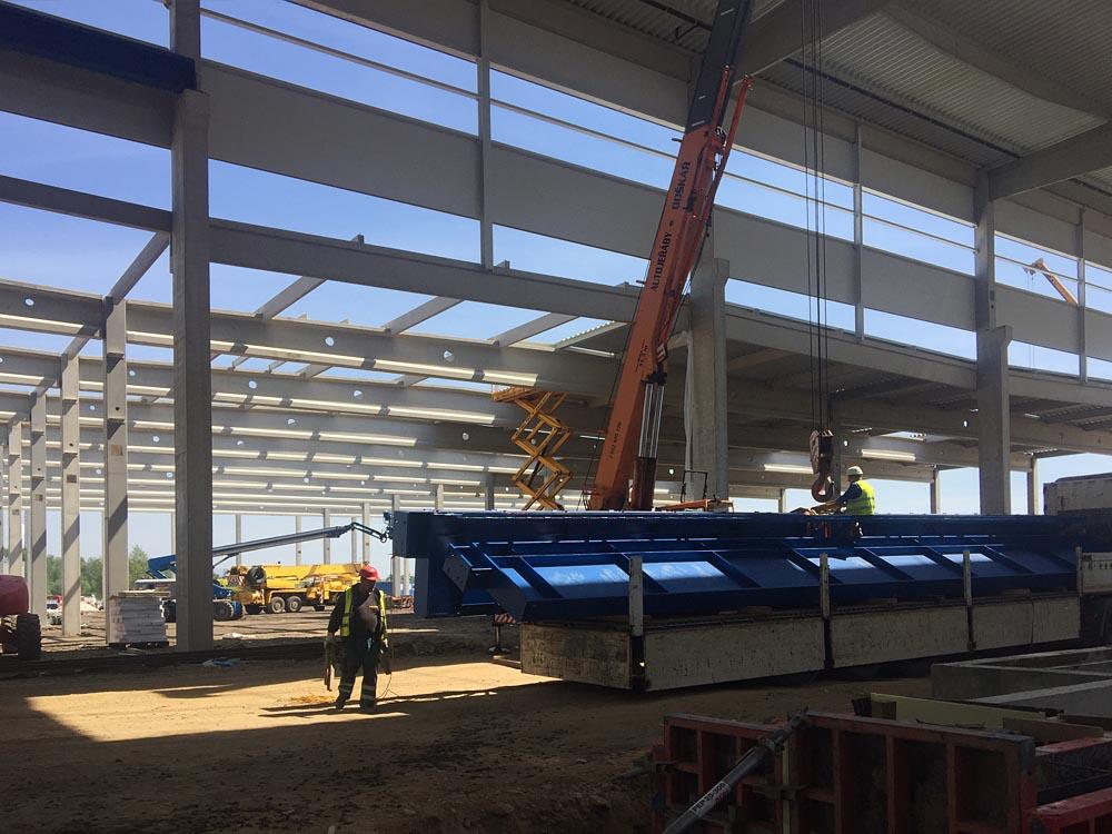 Výroba a montáž ocelové konsrtrukce jeřábové dráhy o objemu 220t včetně kolejnic a doplňků Benteler Klašterec nad Ohří