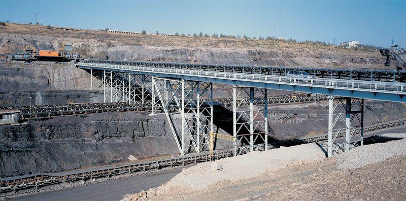 Výroba a montáž mostu pro dálkový, důlní, pásový, dopravník Sokolov Vřesová